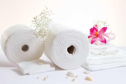 Одноразовые полотенца, салфетки из спанлейса