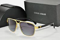 Солнцезащитные очки квадратные Armani черные в золотой оправе