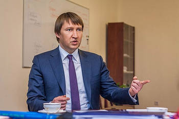 Гройсман уволит Кутового первым: эксперт объяснил почему