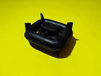 Кронштейн глушителя Mercedes r129/w126/w124 /r107 1979 - 2001 10044 Febi