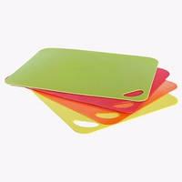 Разделочная доска-подставка пластиковая Maestro 38х29 (зеленая, красная, оранжевая)