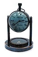 Часы настольные с компасом (10х7,5х7,5 см)