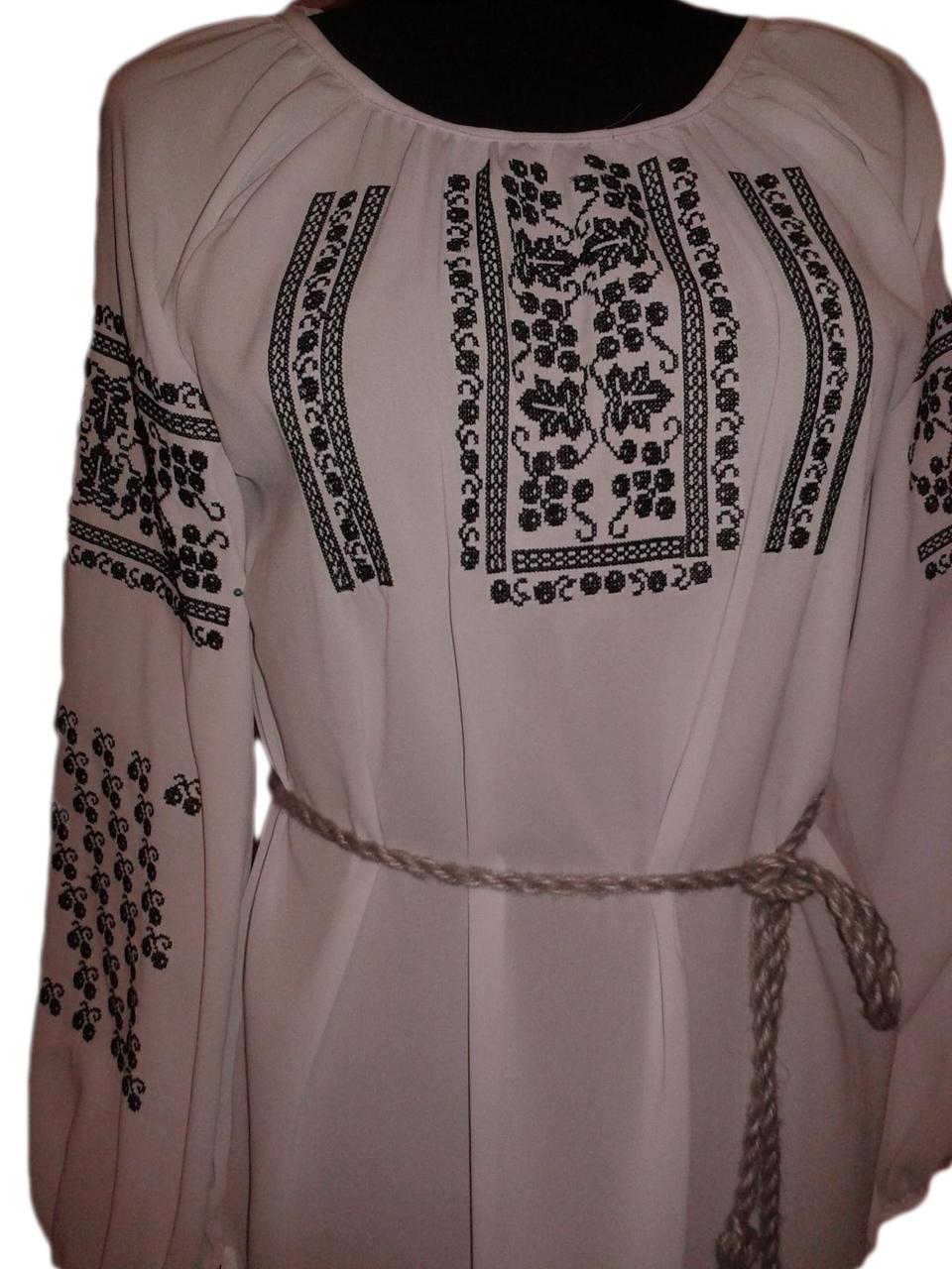 fdfb4865bfa58e Жіноча вишита блузка