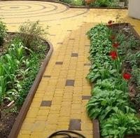Тротуарная плитка Золотой Мандарин Старый город 120х80 мм желтый на сером цементе