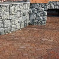 Тротуарная плитка Золотой Мандарин Старый город 120х80 мм персиковый на сером цементе