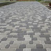 Тротуарная плитка Золотой Мандарин Старый город 120х80 мм черный на сером цементе