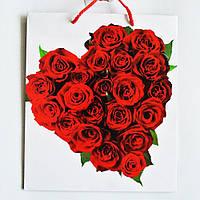 Подарочный пакет  СРЕДНИЙ КВАДРАТ 21х25х8 Букет роз в виде сердца