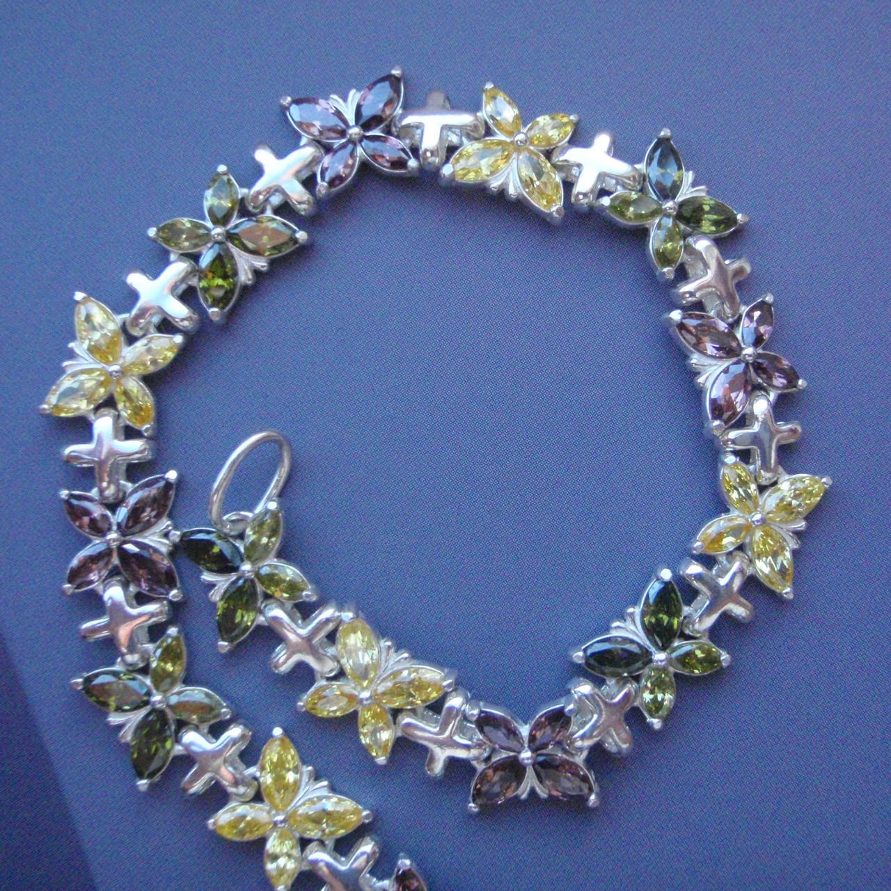 Срібний жіночий браслет з метеликами, 190мм, 60 каменів