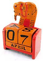 Настольный календарь деревянный Слон