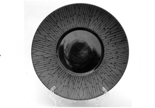 "Тарелка круглая черная матово-глянцева плоская с рисунком ""черный бамбук""  10"", Диаметр 25,4см"