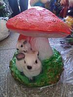Садовая фигура Гриб зайчата