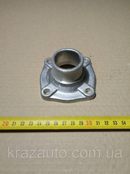 Патрубок коробки термостата ЯМЗ (пр-во Украина) 236-1306053