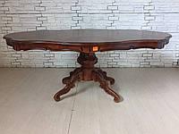 Итальянскии обеденный стол  с фигурной столешницой