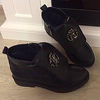 Ботинки деми Roberto Cavali черная кожа