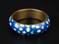 Жесткий браслет из кости и металла синий