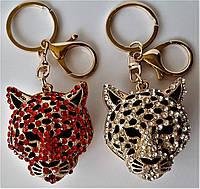 """Брелок на ключи и сумку  """"Пантера со стразами"""""""
