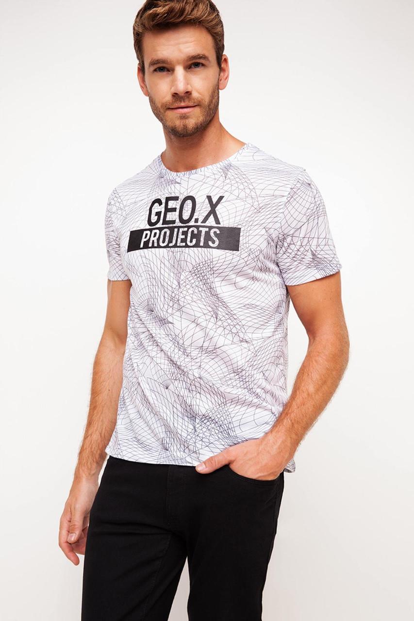 Мужская футболка De Facto белого цвета с надписью Geo.X Projects