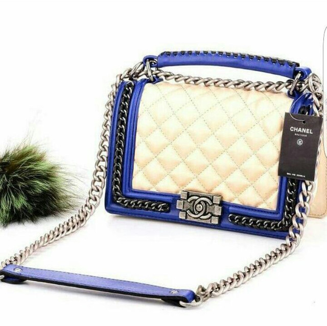 a2e33bc6bb21 Вечерняя сумка Coco Chanel с цепями в черном цвете, цена 50 ...