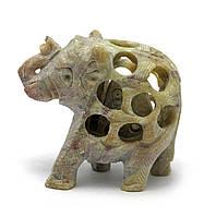Слон резной каменный (5х5х2,5 см)