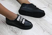 Туфли женские на липучках цвет : черный