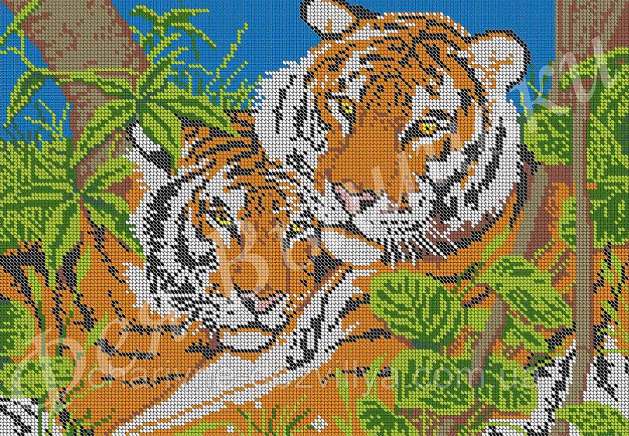 Большие вышивки с тиграми