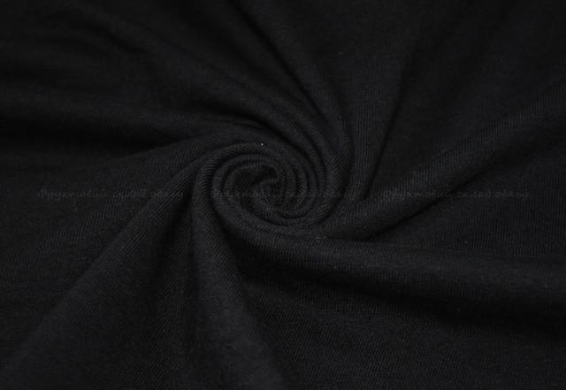 Чёрная мужская футболка с длинным рукавом