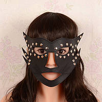 Сексуальная черная маска под пеньюар