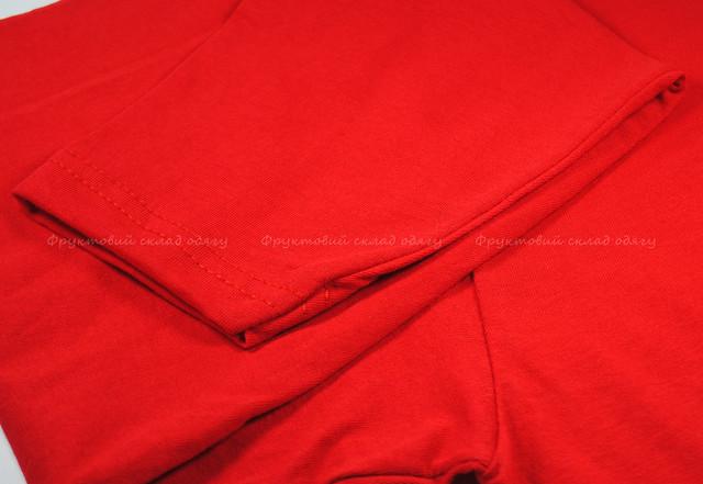 Красная мужская футболка с длинным рукавом