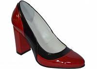 Женские лаковые туфли на высоком каблуке