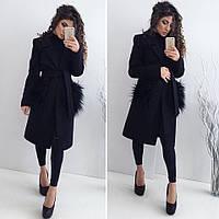 Стильное женское кашемировое пальто цвет черный, на карманах мех ламы (искусственный, съемный)