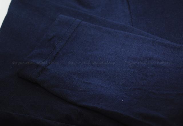 Глубоко тёмно-синяя мужская футболка с длинным рукавом
