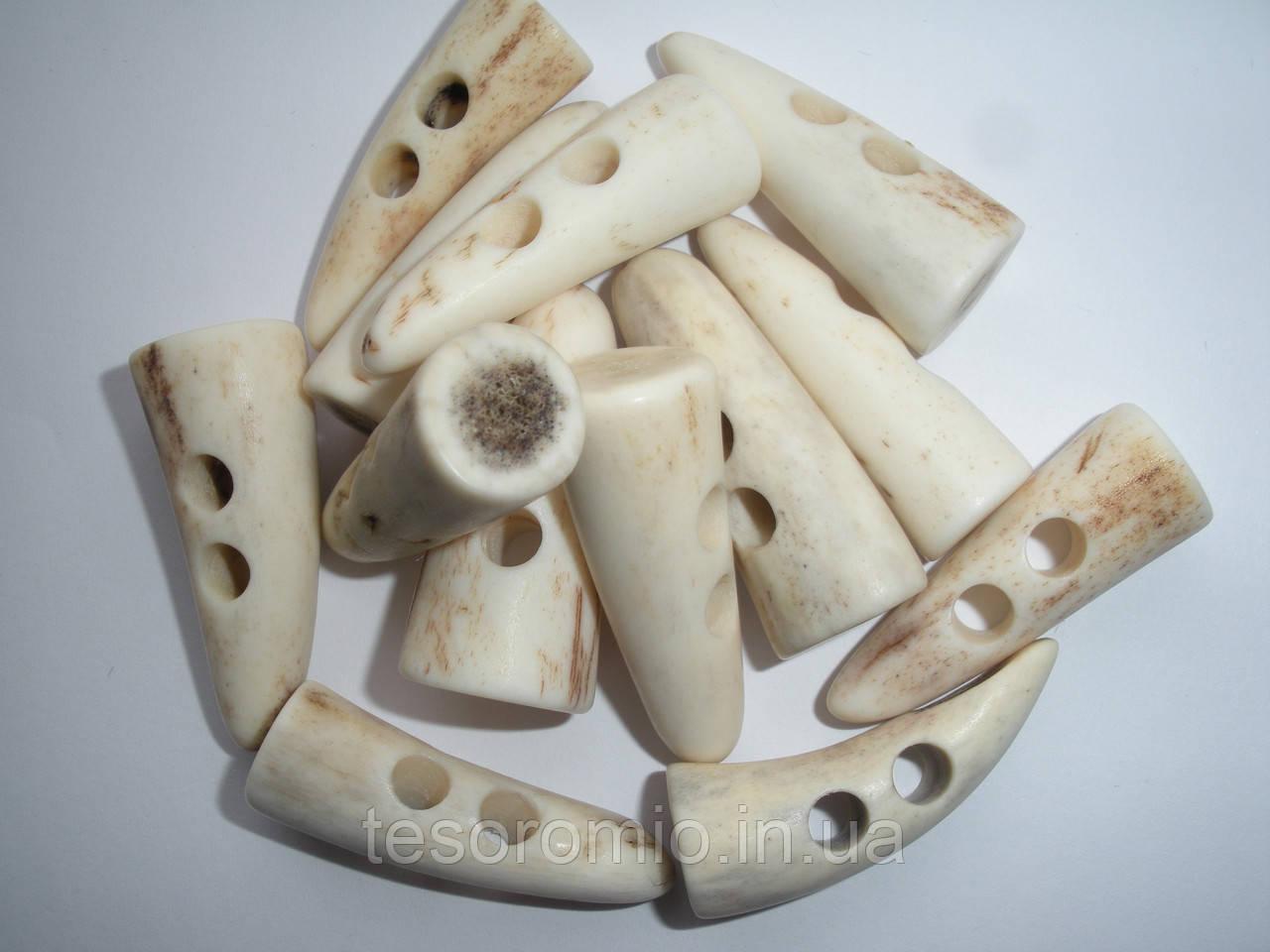 Пуговица натуральная костяная для навесной застежки, 3.5см