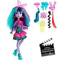 Кукла Твайла (Twyla) серии Electrified, Monster High