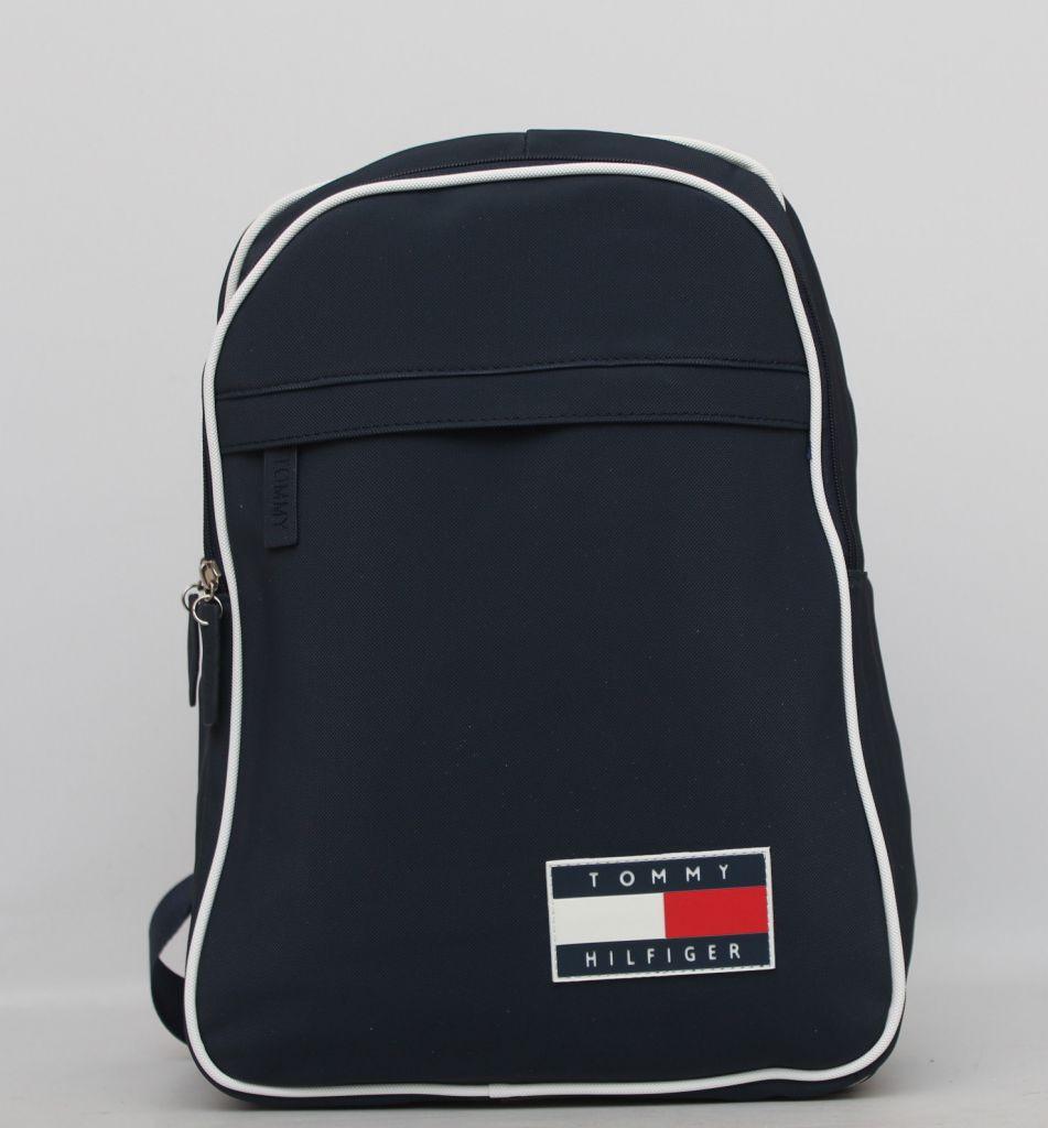 7cd104160dd8 Вместительный мужской рюкзак Tommy Hilfiger. Для модного мужчины.Хорошее  качество. Доступная цена.