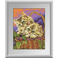 Алмазная живопись квадратными камнями «Котята в корзине» Dream Art 30143 (21 х 27 см) на холсте