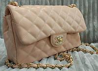Модная сумка клатч Chanel Шанель на цепочке пудра