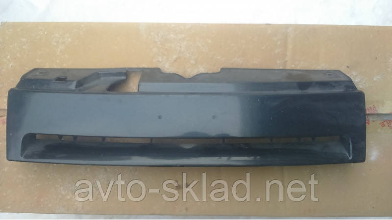 Решетка радиатора  ВАЗ 2110, 2111, 2112 Россия