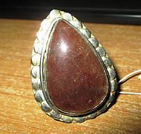 Крупное кольцо с натуральным кальцитом 19,2 размер