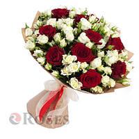 """Букет """"Лион"""" красная и белая розы"""