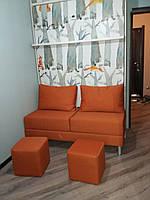 Шкаф-кровать с фотопечатью и ярким диваном, фото 1