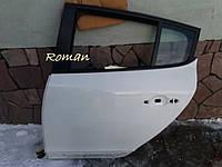 Дверь Рено Меган 3 хетчбек задняя левая белая