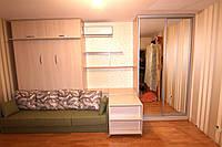 Шкаф-кровать с диваном, выдвижным столиком и шкафом купе