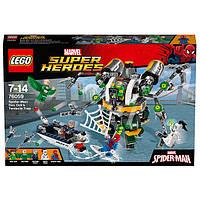 LEGO Super Heroes лего  Человек-паук в ловушке Доктора Осьминога 76059