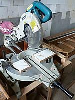 Торцовочная пила с протяжкой Makita LS1013 бу, ход 310 мм, диаметр диска 260 мм, фото 1