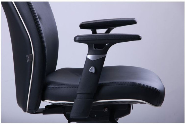 Кресло Элеганс HB с кантом Synchro (черный) фото 6