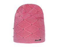 Модная шапочка с геометрическим рисунком и бусинками