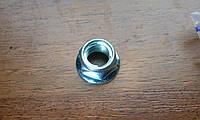 Гайка М10 (со стопорным кольцом)