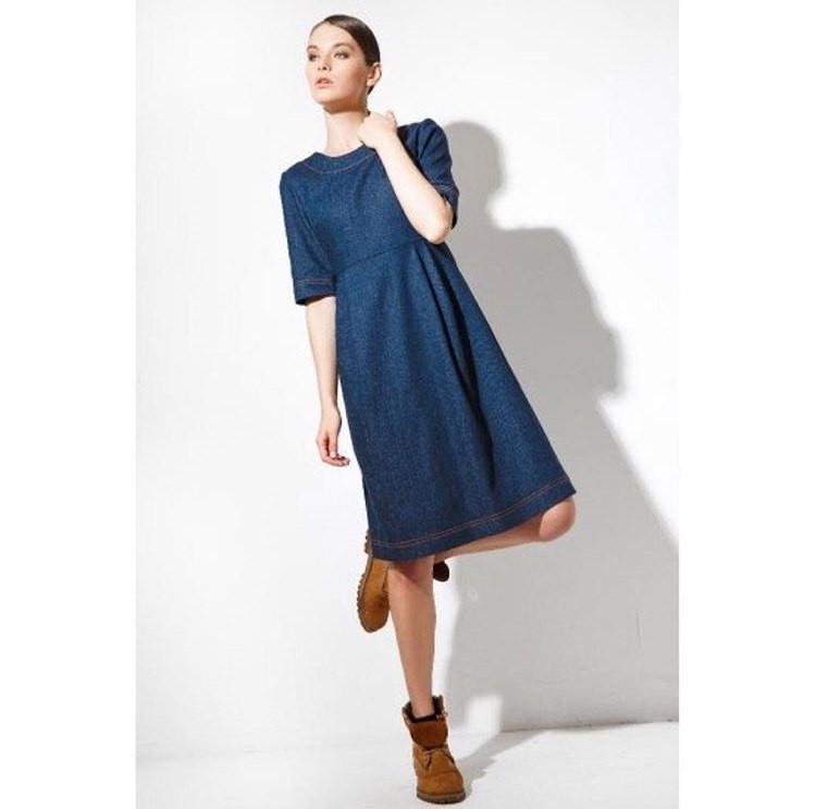 26f0796aad8 Джинсовое платье миди с короткими рукавами  продажа