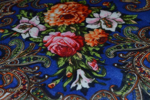 Платок шерстяной с турецким орнаментом синий 3