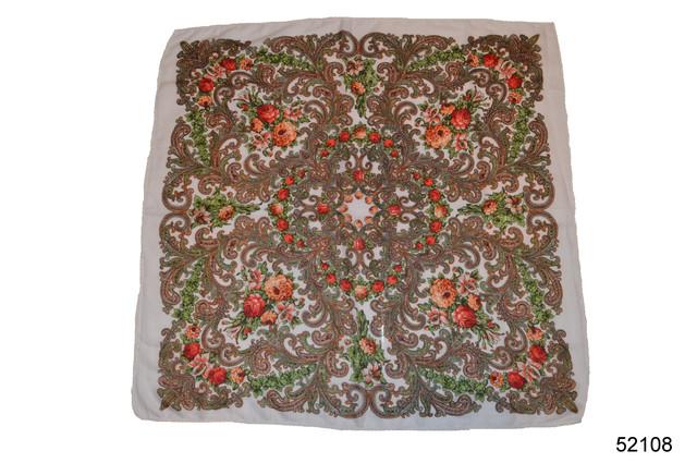 Платок шерстяной с турецким орнаментом белый 2